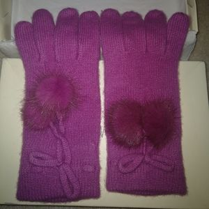 Neiman Marcus Pink Cashmere Gloves with mink